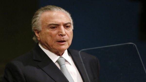 Cámara baja de Brasil acepta denuncia contra Michel Temer