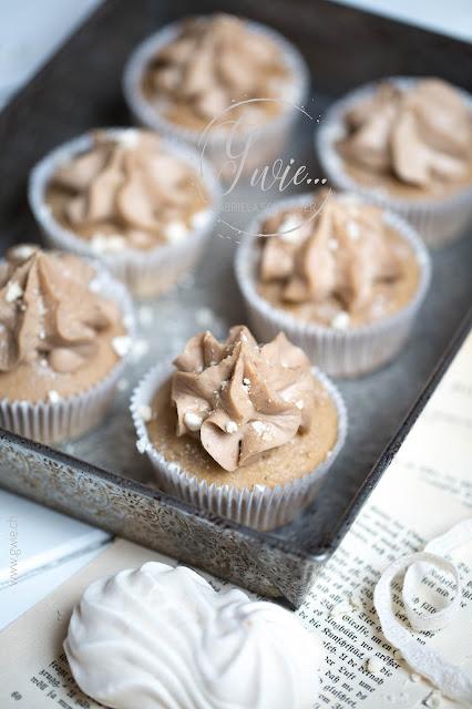 marroni cupcakes, herbst cupcakes, cupcakes herbst, gefüllte cupcakes