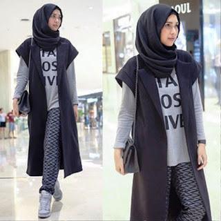 Gaya Hijab Busana Muslim Monochrome Dan Casual