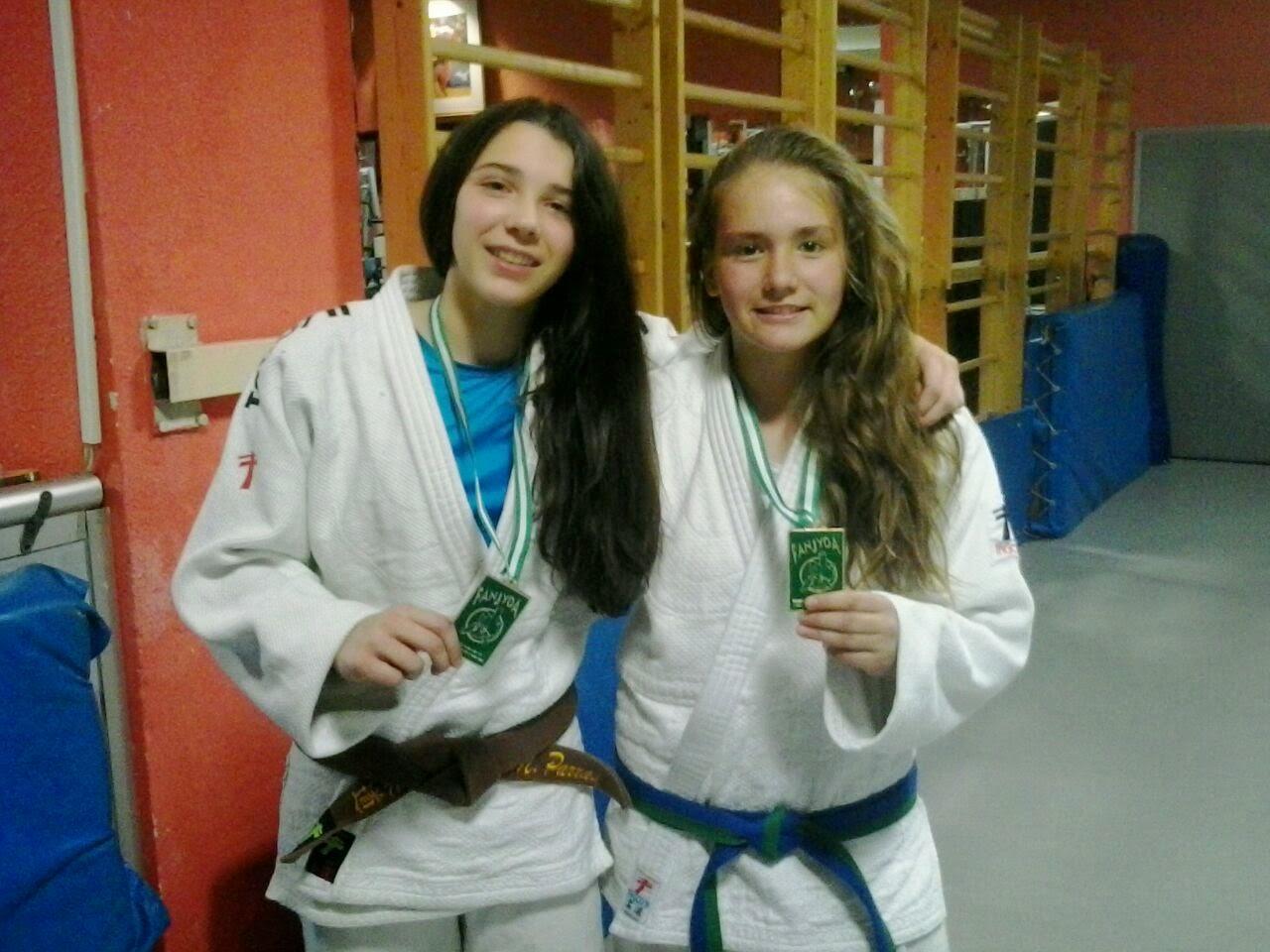 Desde hacía seis años que una chica de estas categorías accedía una fase  final del campeonato nacional de judo. Las dos integrantes del CD Athenas  ... f70c8647be4ba