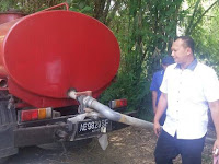 Duh, Sopir Truk Ini Nekat Buang Limbah Tahu di Sungai Paju Ponorogo