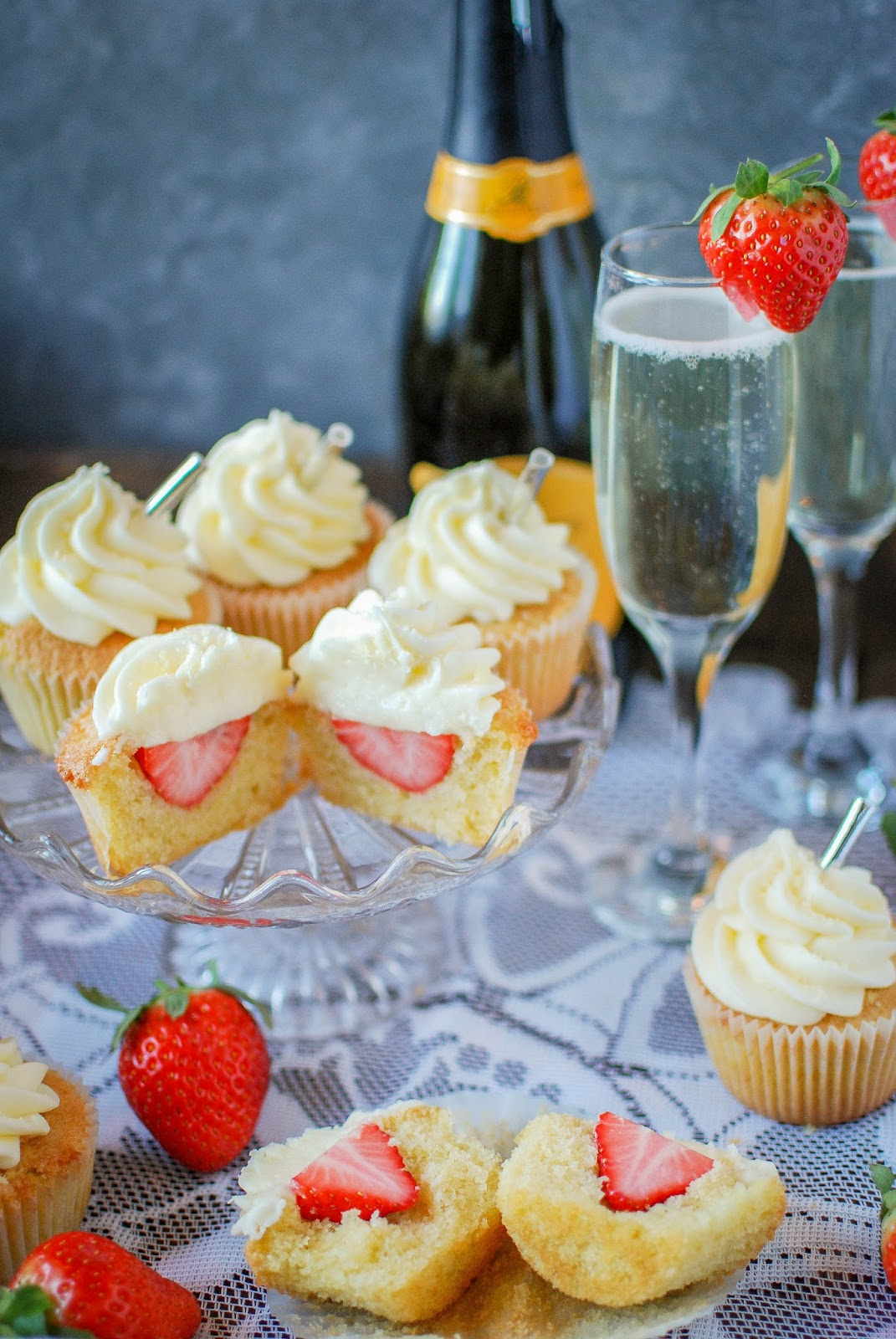 Strawberry Prosecco Cupcakes, the perfect treat for Mothers Day