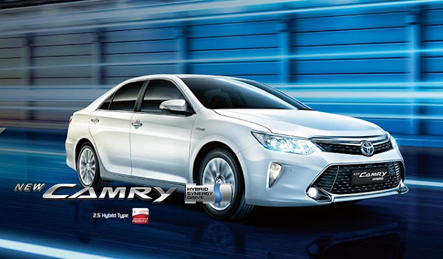 Spesifikasi Harga Kredit & Cicilan Toyota Camry Hybrid Surabaya