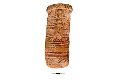 Δωρεά σπάνιου προϊστορικού πήλινου ειδωλίου στο Τμήμα Αρχαιοτήτων Κύπρου