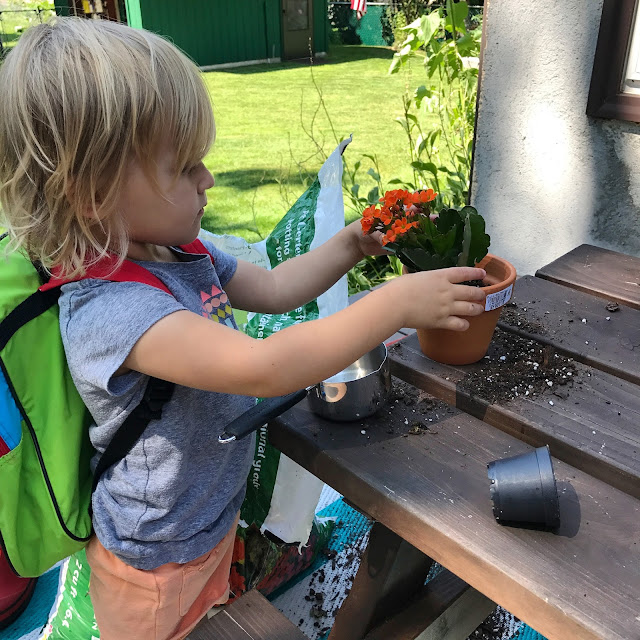 Montessori practical life ideas to try outside with toddlers and preschoolers
