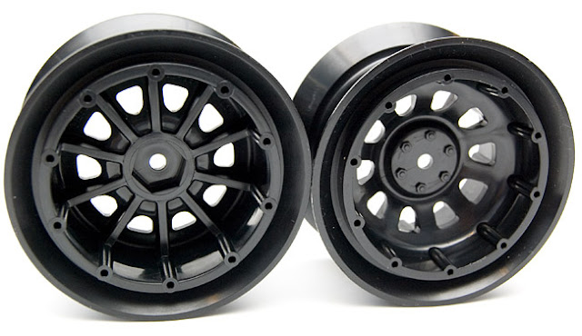 Tamiya CR-01 Toyota Land Cruiser black wheels