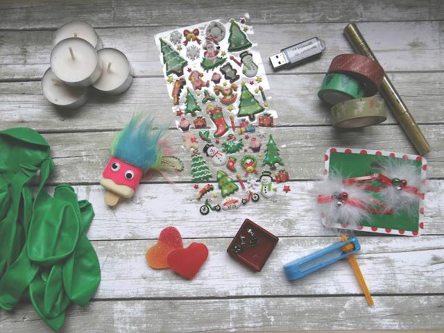 Calendario de Adviento con regalos y mensajes