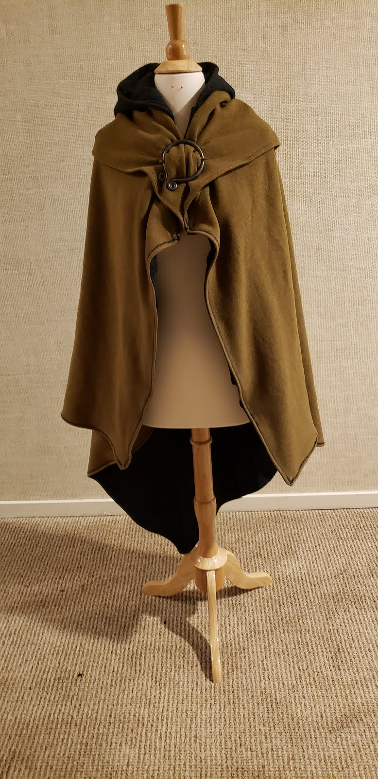 Details about  /Book a custom cloak made by McFallan MK for 10 days no puppet