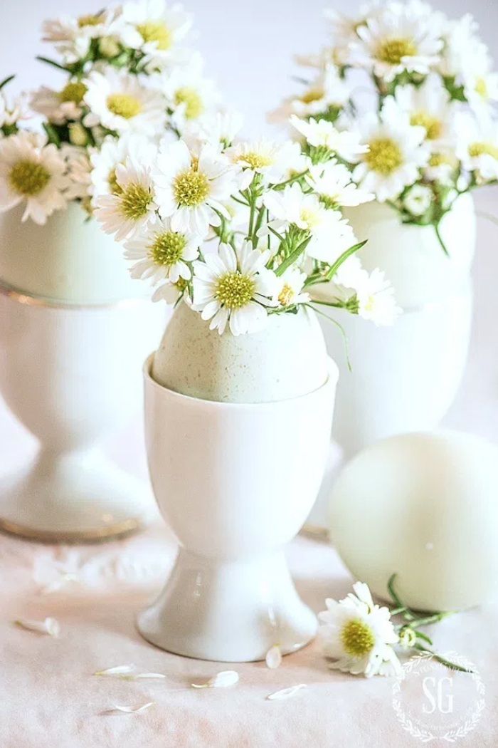 Floral Arrangement Easter Eggs
