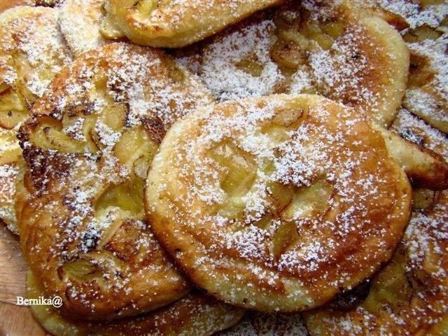 rabarbar, placki, placuszki, deser, sniadanie, ciasto, pancakes, bernika, kulinarny pamietnik