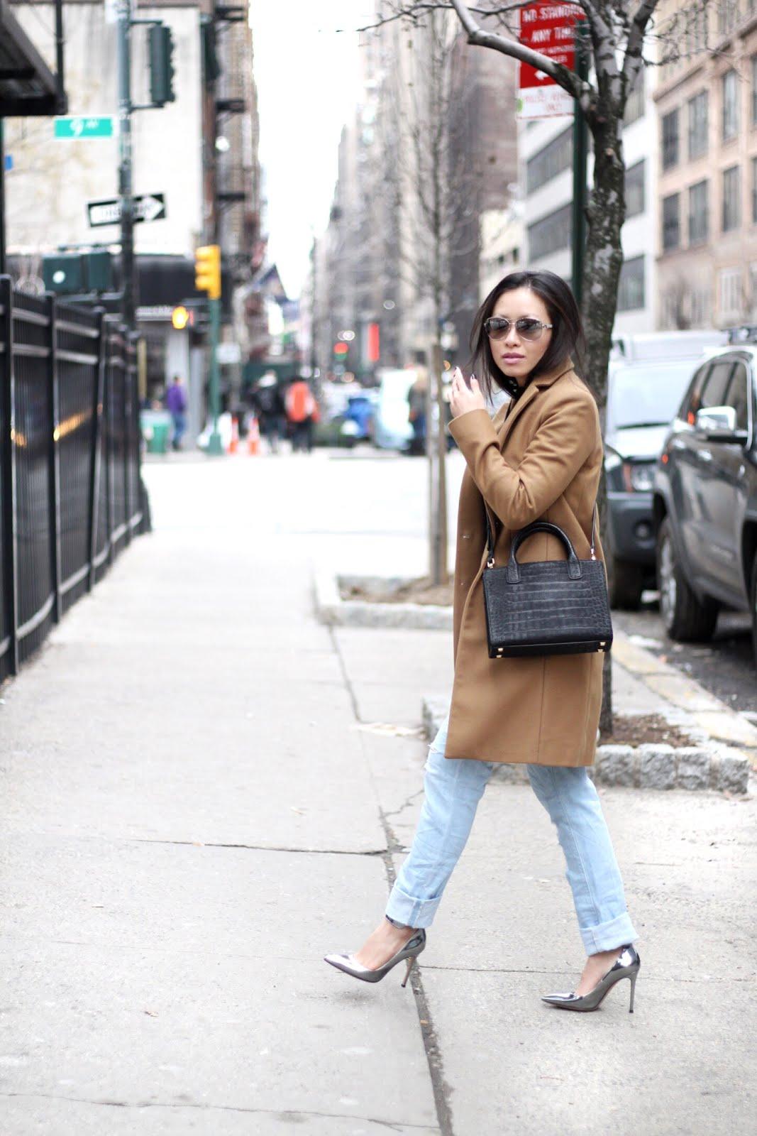 Asilio white walls crop top silver pumps boyfriend jeans
