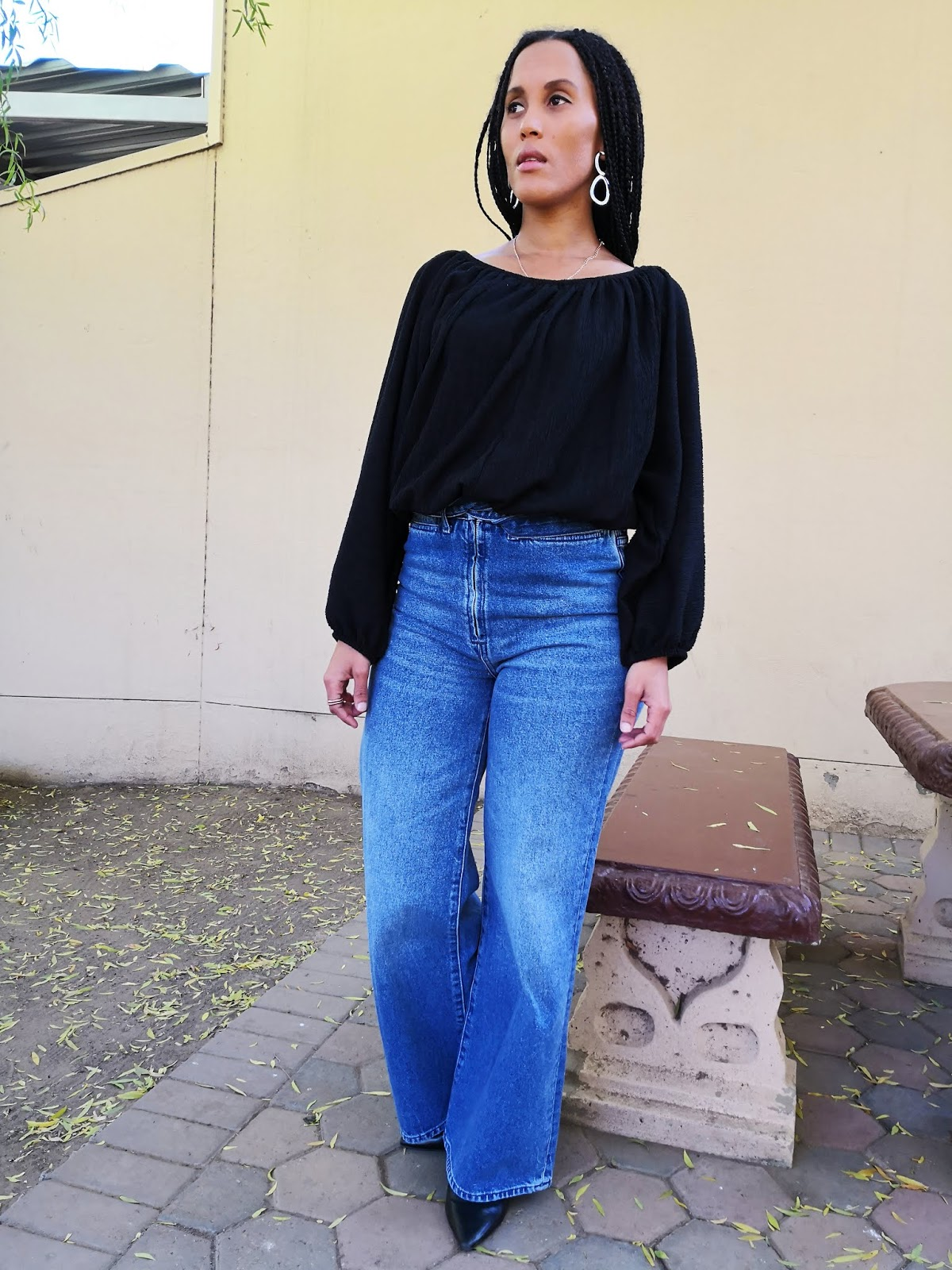 Liezel-Esquire-wide-leg-jeans