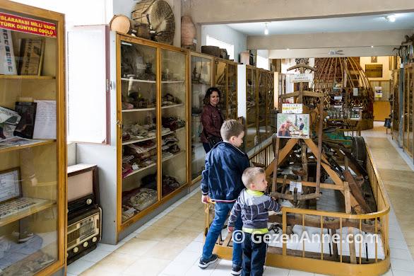 Tahtakuşlar müzesini gezerken, Akçay Kaz dağları