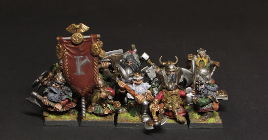 Dwarf warriors with two-handed weapons