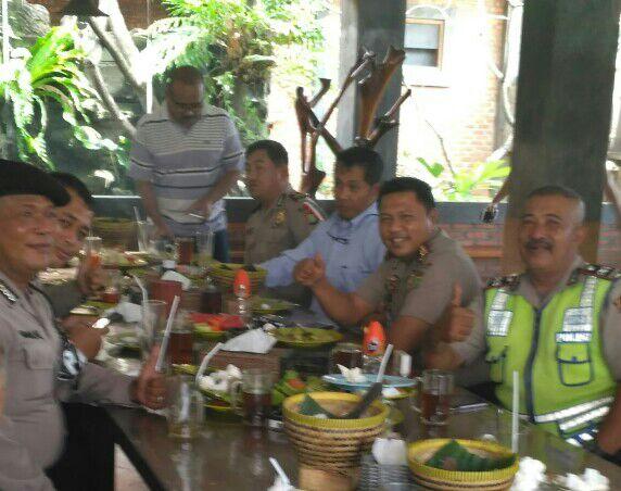Jaga Keakraban dengan Anggota, Kapolsek Jatiuwung Rayakan Ulang Tahun ke 39 Tahun