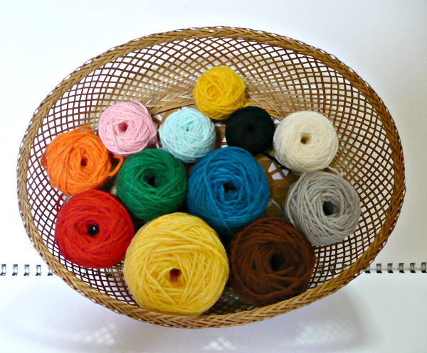 Acrylic Yarns our selection of acrylic knitting and crochet yarns | 497x600