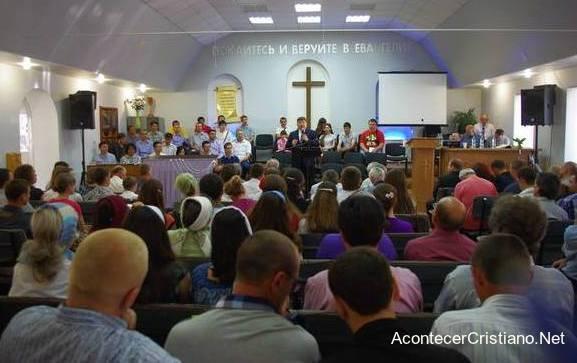 Iglesia evangélica en Kransy Luch, Lugansk.