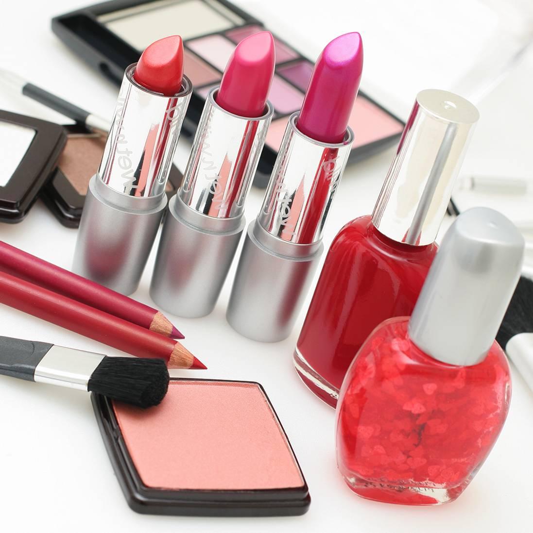 Cosmetics: Expert Of Beauty
