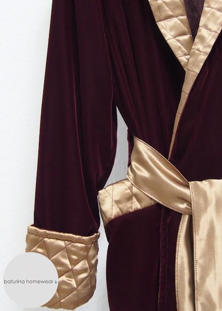 Edler Herren Morgenmantel Dunkelrot Rot Gold Luxus Hausmantel