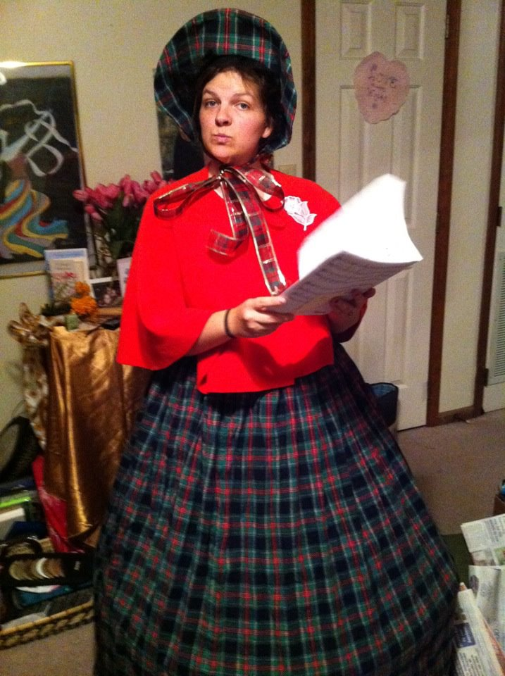 Christmas Caroling Costume.Creativity Make Your Own Charles Dickens Victorian