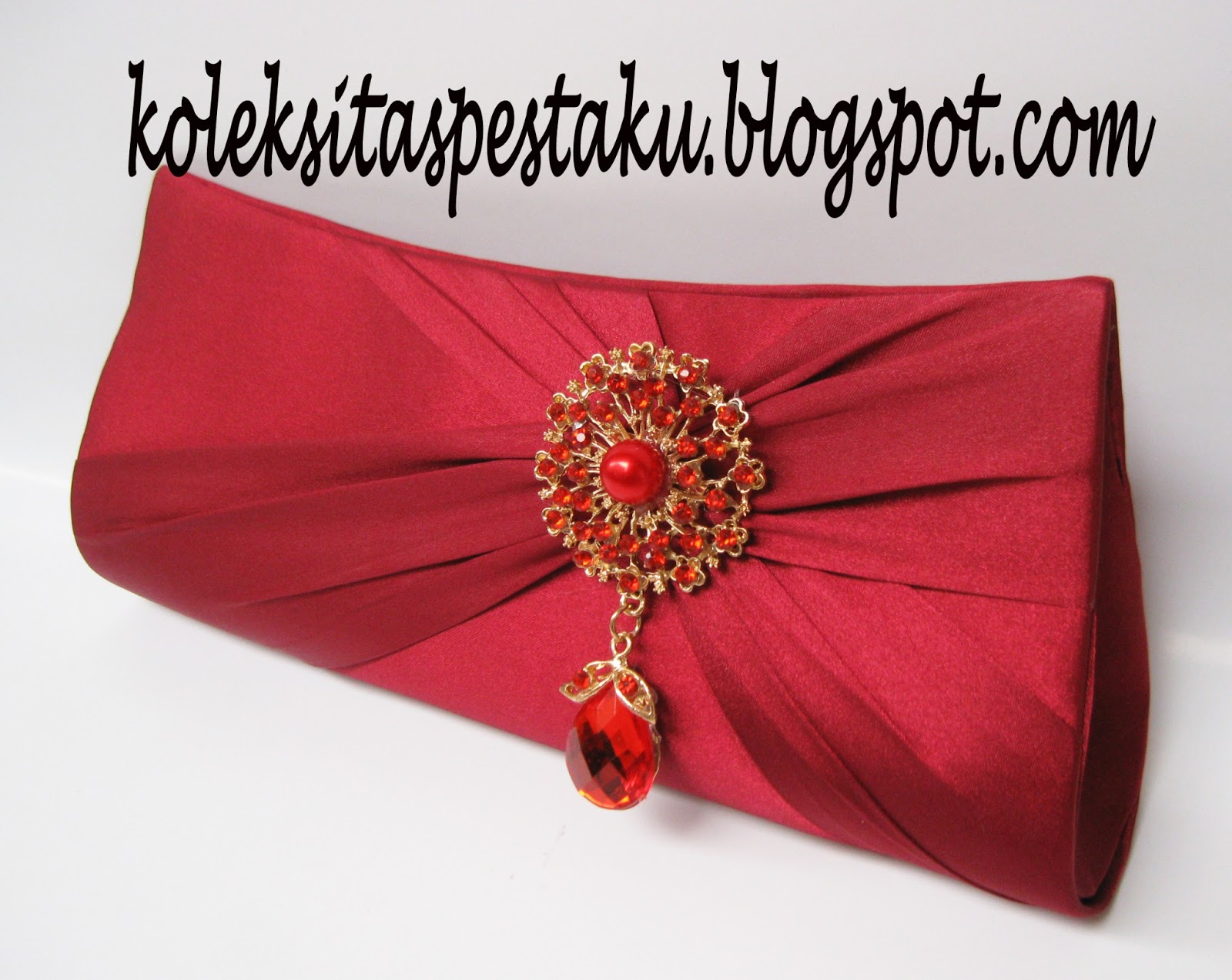 Tas Pesta - Clutch Bag  taspestaku  Tas Pesta Maroon Cantik dengan ... dff15fe6c8