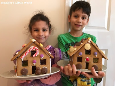 Making yearly gingerbread houses for Christmas with children