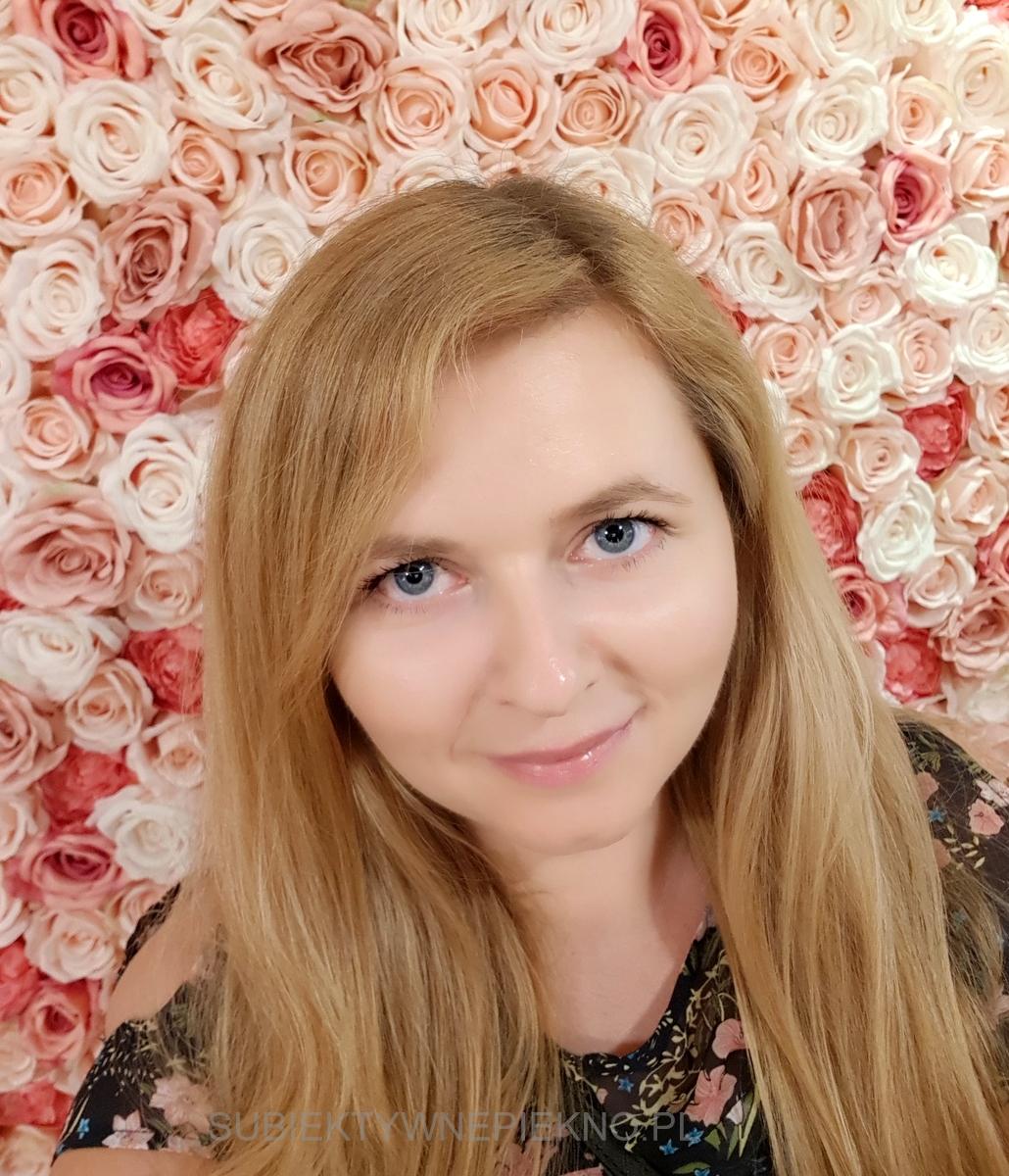 Relacja - IV edycja konferencji Meet Beauty - ścianka z róż