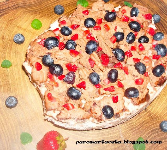ciasto z parowaru z owocami