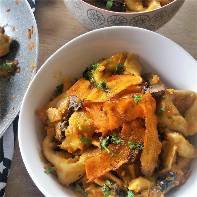 Tortelloni 4 Formaggi mit Kürbis, Pilzen und Kokosmich