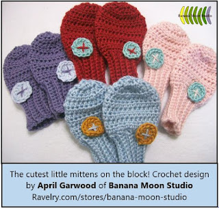 thumbless baby mitten crochet pattern by April Garwood of Banana Moon Studio