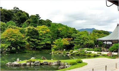 สวนสวยในวัดเท็นริวจิ (Tenryuji Temple)