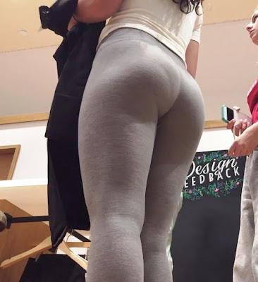 chicas nalgonas pantalones yoga