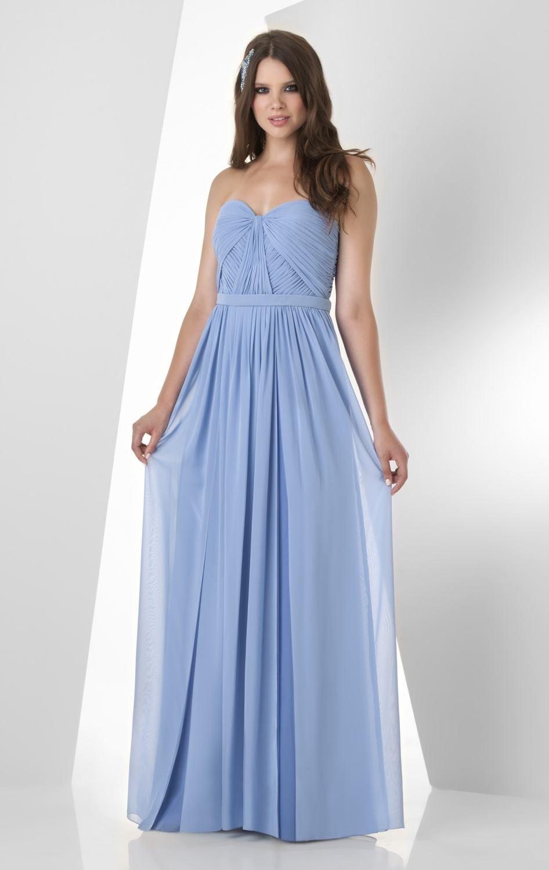 A Chic by Choice tem também disponível uma seleção única para alugar vestidos para baile de finalistas. Desde vestidos com rendas e florais, até lindos vestidos compridos. Desde vestidos com rendas e florais, até lindos vestidos compridos.