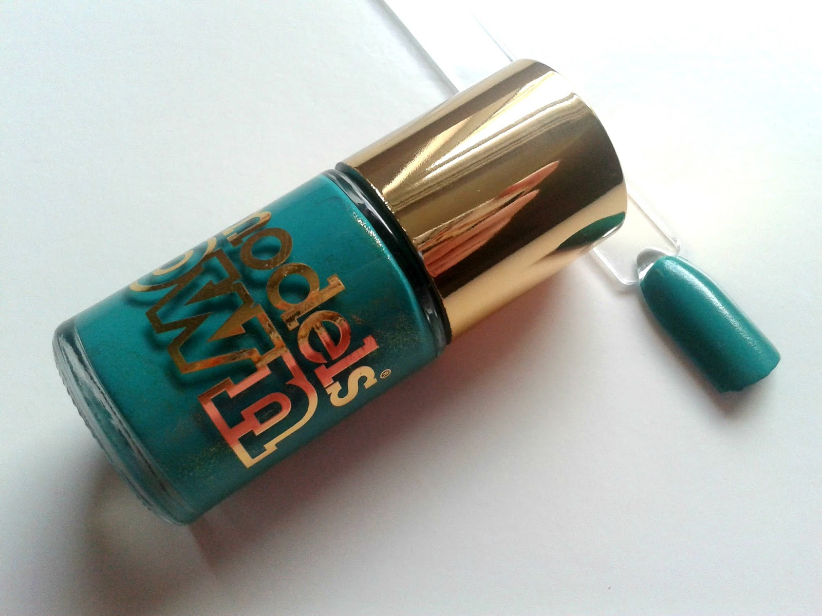 Models Own Diamond Luxe Nail Polishes Beauty Review Emerald Green Swatches