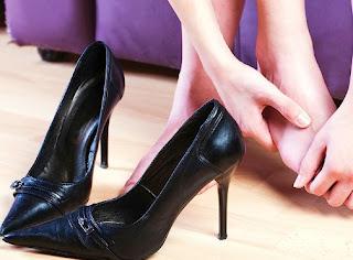 Ledies! Ini Alangkah Baiknya Gunakan High Heels Supaya Tidak Radang Sendi