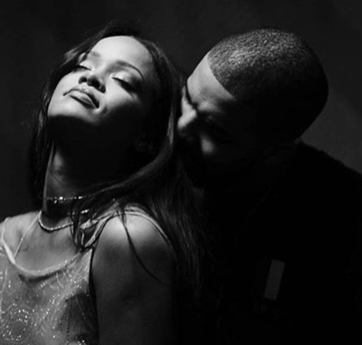 Watch Rihanna and Drake new WORK video