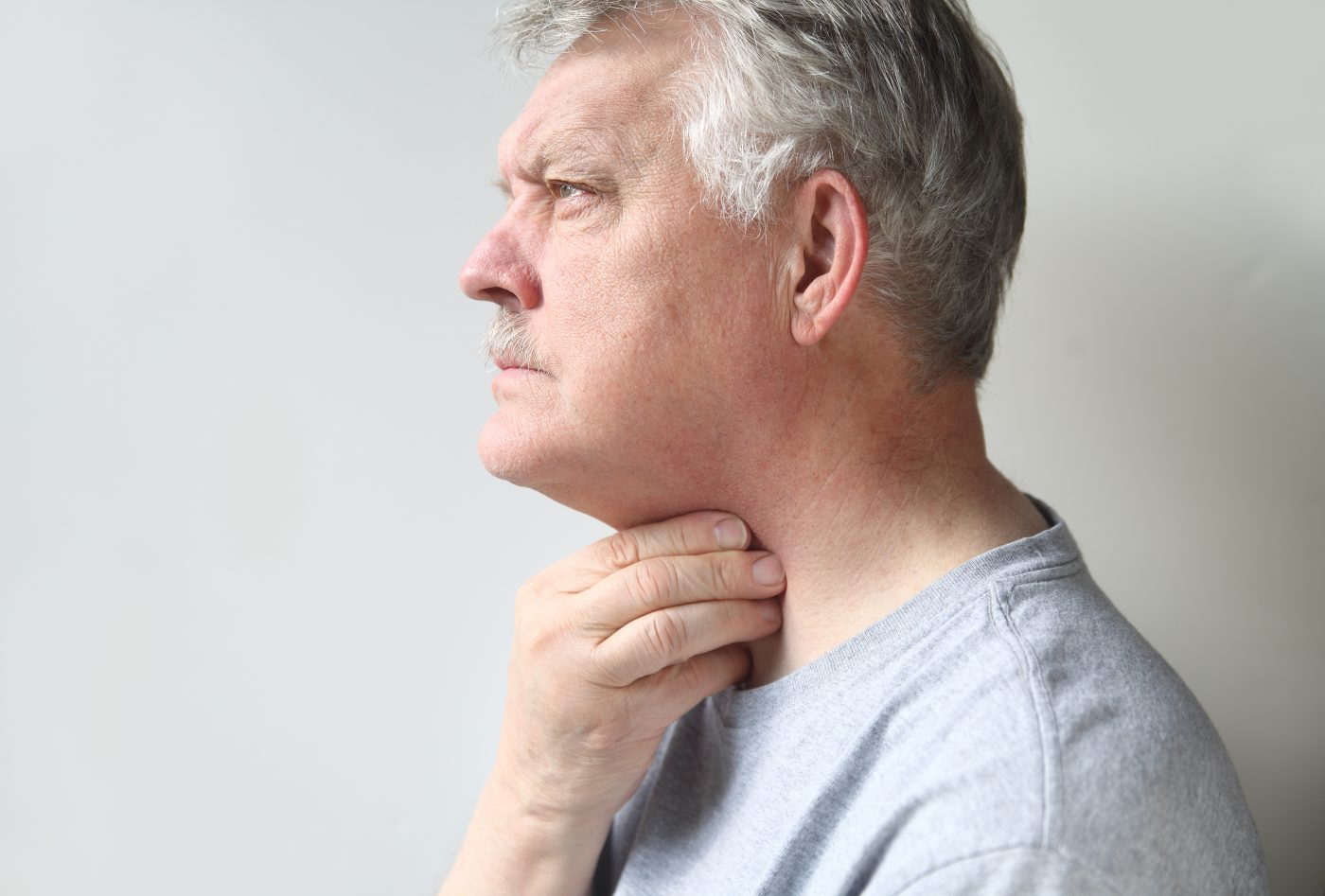 Signs Of Esophageal Cancer - healtinews