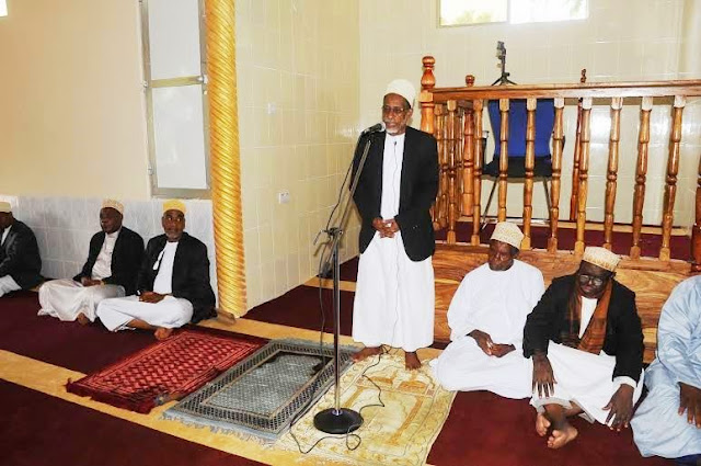 Afbeeldingsresultaat voor Mufti Mkuu wa Zanzibar Sh. Saleh Omar Kabi,