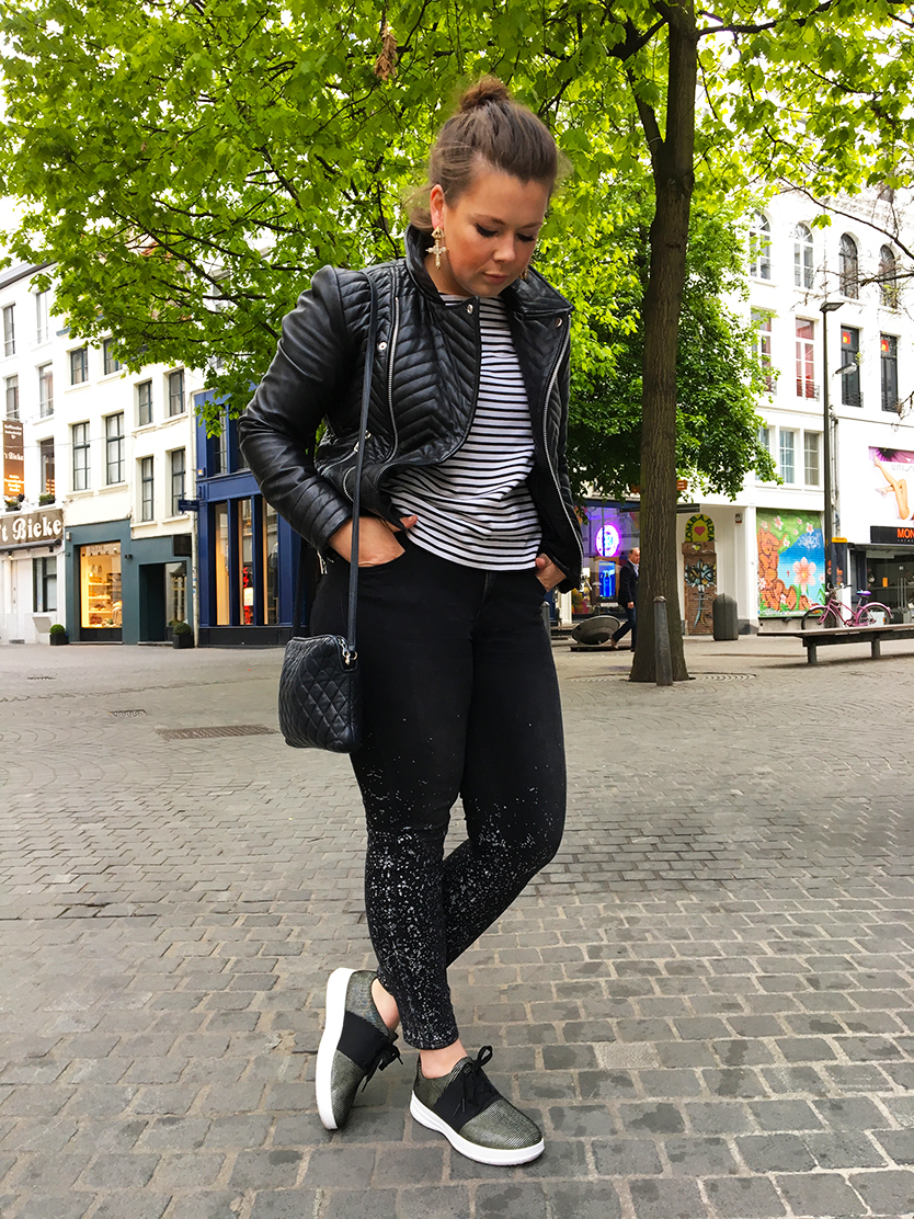 fashion, fashionblogger, fashionblog, modeblogger, modeblog, ootd, outfit, leather, jacket, strips, dots, sneakers, object, cos, fitflop, style, styleblog, object, bestseller, cos, reminisence, zara, fitflop, stripes, breton stripes, lambskin, LaVieFleurit,com,
