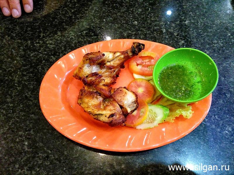 Курица с овощами. Город Сием Рип. Камбоджа