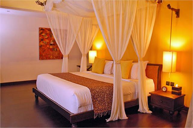 Romantic Bedroom Décor