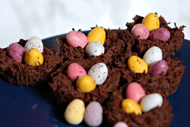 Easy Peasy Mini Easter Nests