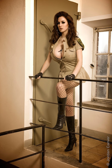 sexy-Jordan-Carver-sheriff-hot-wallpaper-5
