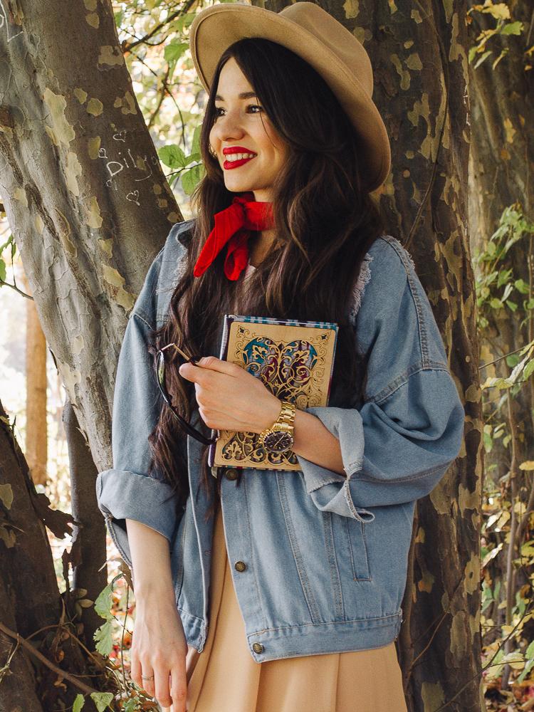 fashion blogger diyorasnotes autumn denim jacket midi skirt hat%2B%25288%2B%25D0%25B8%25D0%25B7%2B12%2529 - RED LIPS, BANDANA AND MIDI SKIRT