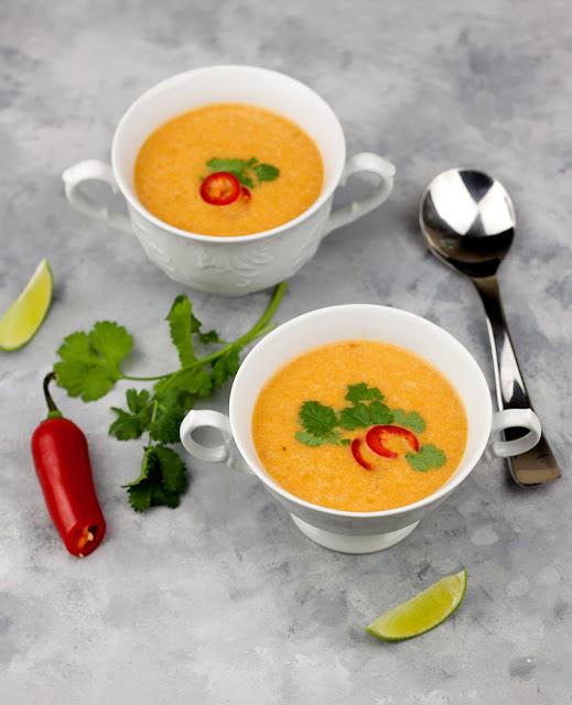 Tajska zupa pomidorowa