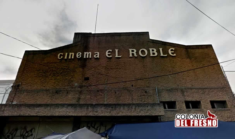 entrada del cine'roble' en la colonia del fresno