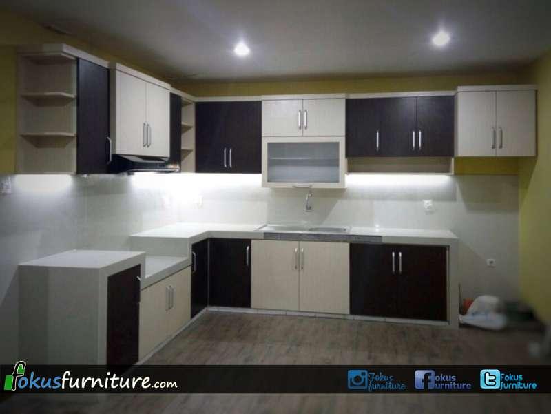 Rumah minimalis letter l gambar oz for Biaya kitchen set per meter