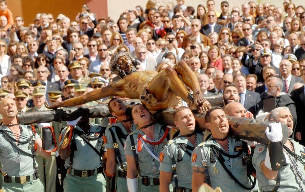 La semana Santa, Malaga, een miljoen toeschouwers, grootste evenement in Malaga, processies, heigenbeelden, Maria-en Christustronen, De Goede Week, Cristo de Nazareen, broederschappen, legionairs van het vreemdelingenlegioen, El Cristo de Mena, Christus van de Goede Dood