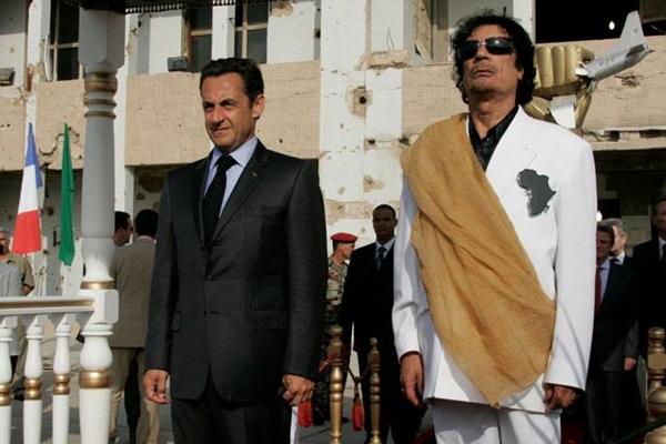 Sarkozy é detido por financiamento ilegal de campanha na França