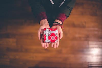 offrir-un-present-a-ses-proches